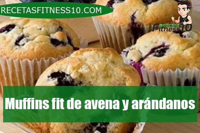 Muffins fit de avena y arándanos