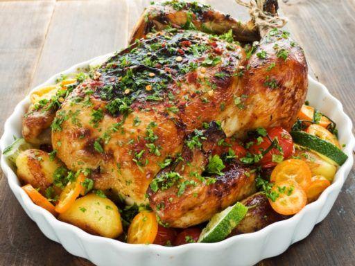 Pollo con frutas y salsa de soja